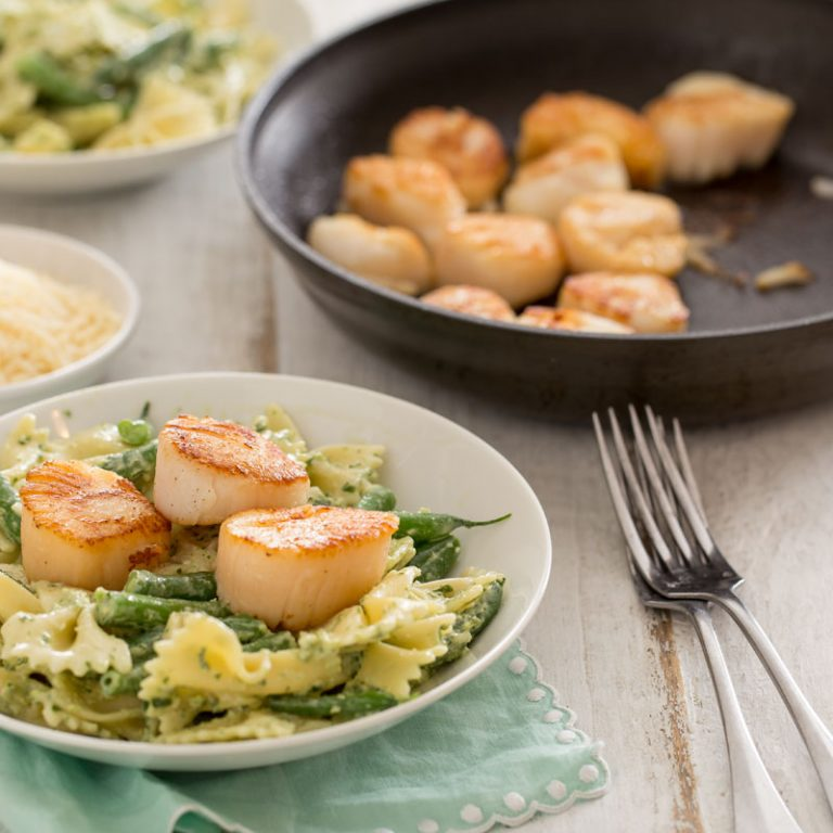 This fresh pesto pasta with green beans and scallops will dazzle at your next dinner party.