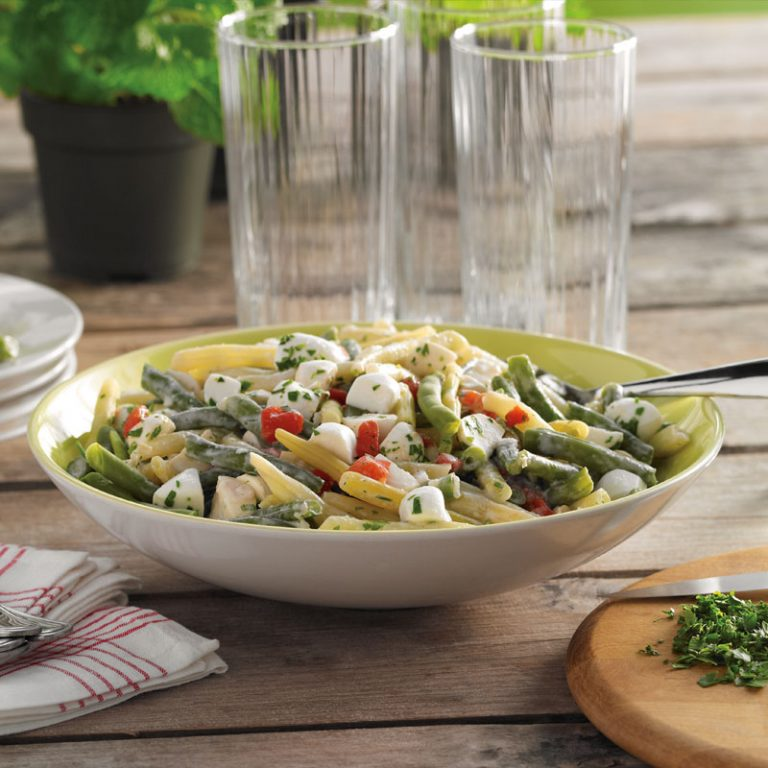 This tasty green bean salad has bright colors and fresh flavors.