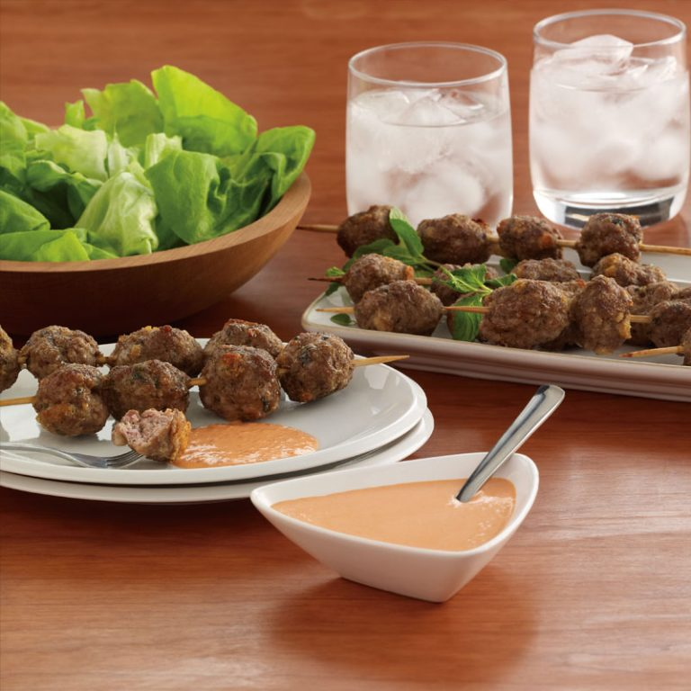 Try these lamb meatballs with red pepper aioli for dinner this week!