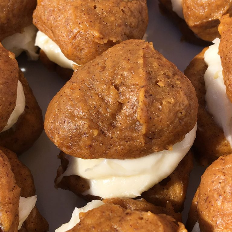 You'll love these mini vegan pumpkin whoopie pies for dessert!