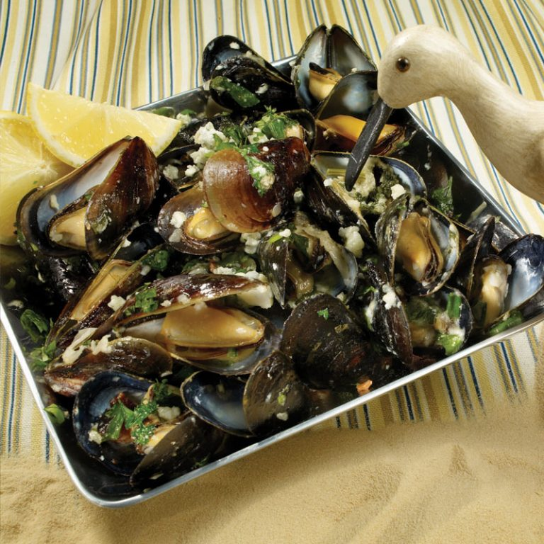 Try mussels with shallots, bacon, and blue cheese for a delicious appetizer.