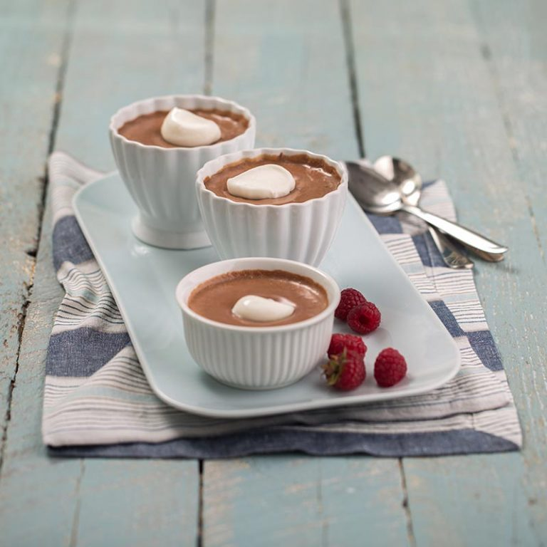 An easy and healthy version of the classic Pots Au Chocolat that uses Greek yogurt.