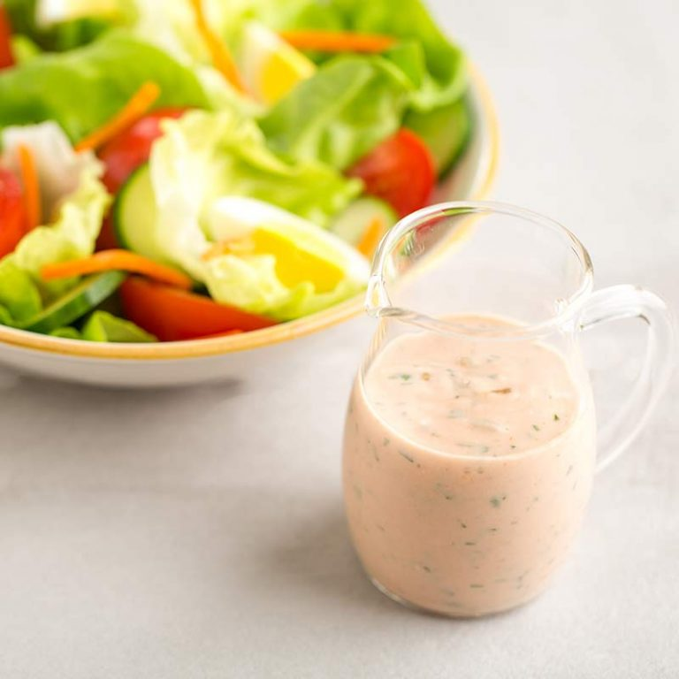 Thousand island dressing is tasty for your favorite salad or sandwich.