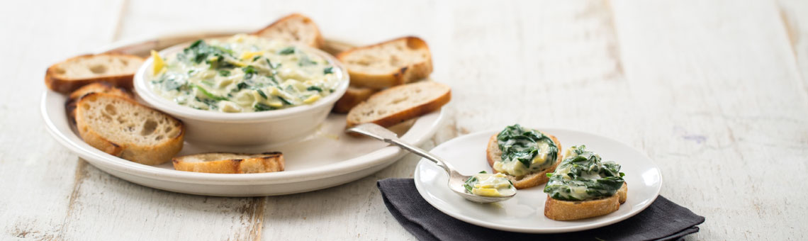 Warm Spinach and Artichoke Dip | Stonyfield Recipes