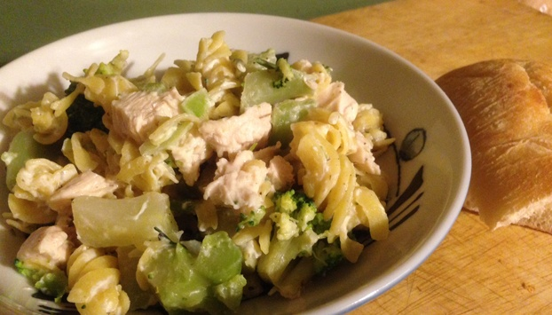 "Chicken and broccoli ""alfredo"" with petite creme"