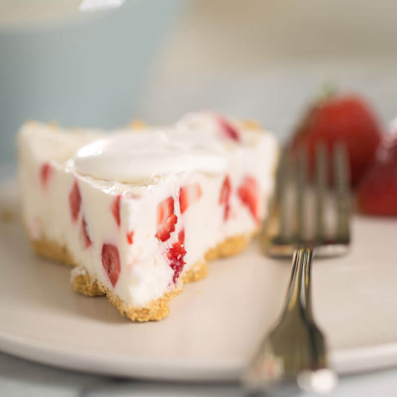 Strawberry Cheesecake Icebox Pie | Stonyfield