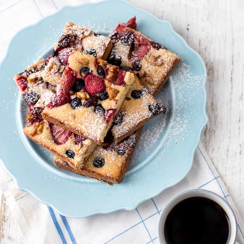 Strawberry Coffee Cake | Stonyfield